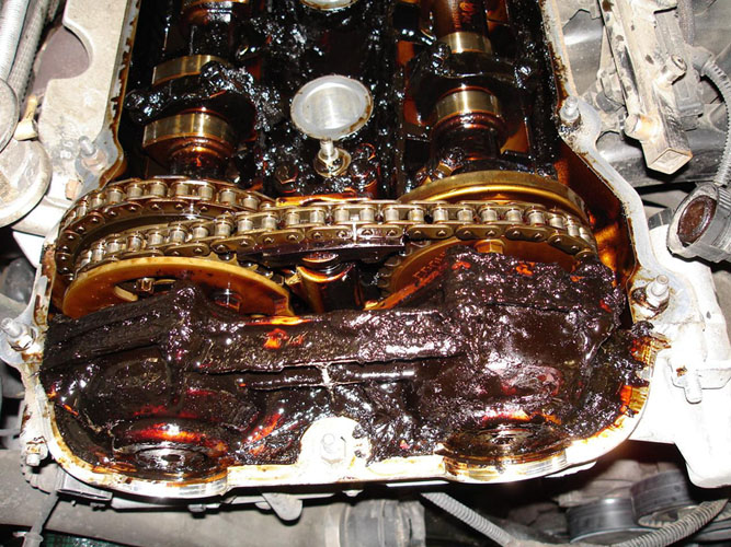 Mercedes Service Cost >> Sludge - Failing to Promptly Change Your Oil at Regular Intervals | European Auto Tech Tucson
