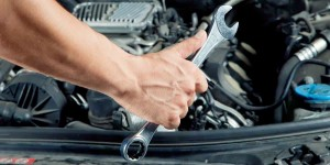 Do-it-yourself-maintenance-tips-TrueCar-pricing-thinkstock